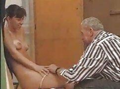 Pornó videó egy férfi tetoválás kibaszott két szuka a hő. Szőke címkék, Barna, cum nyelési, Csoport Szex, Orális, ingyen családi sex hármasban,arc.