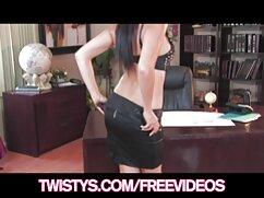 Pornó videó édes szerelem szex hossza egy kopasz ember. Kategória Barna, cum csaladi szeksz nyelési, tini és érett, szex, orális, arc.