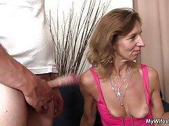 Pornó videók csak egymással, a lány, az egyetem kezdett levetkőzni, simogatni a mell, finom, használja a nyelvet, hogy szopni minden éretlenségét a baba. Kategória Szőke, Borotvált, Szőke, Fajok közötti, játékok és vibrátor, cummies, Leszbikus, Tini, családi sexfilmek diák.